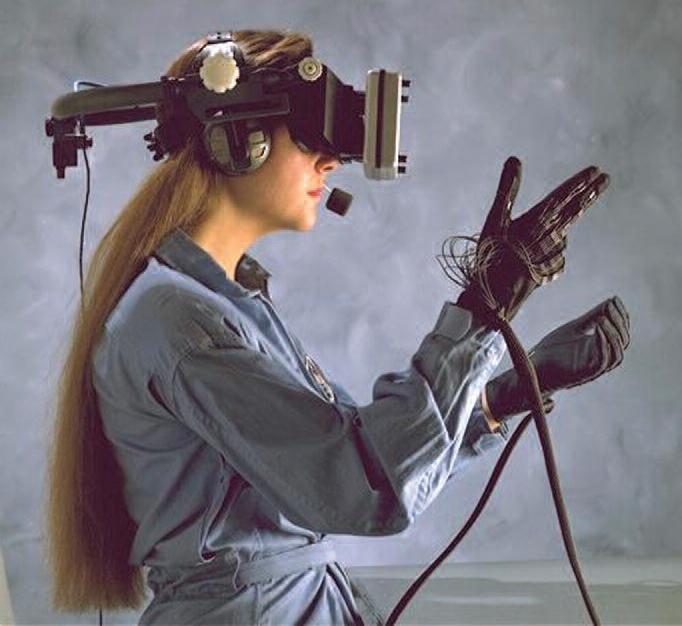 Virtual reality hardware