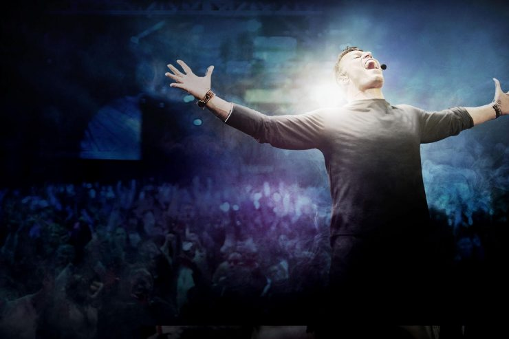 """Tony Robbins: I am Not Your Guru,"" reviewed by Tracy Cochran"